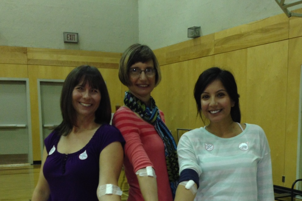 Grandview Corners Dental and Wellness Centre Donates Blood
